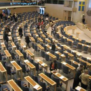 Ska Sverigedemokraterna rösta för eller mot regeringens budgetförslag?