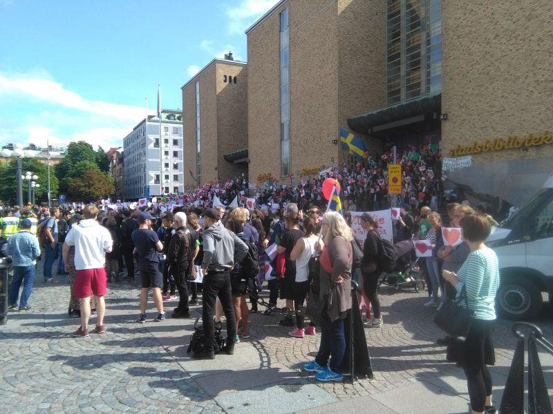 sittstrejkar_kämpa stockholm_medborgarplatsen_expo_ung i sverige_asylsökande_