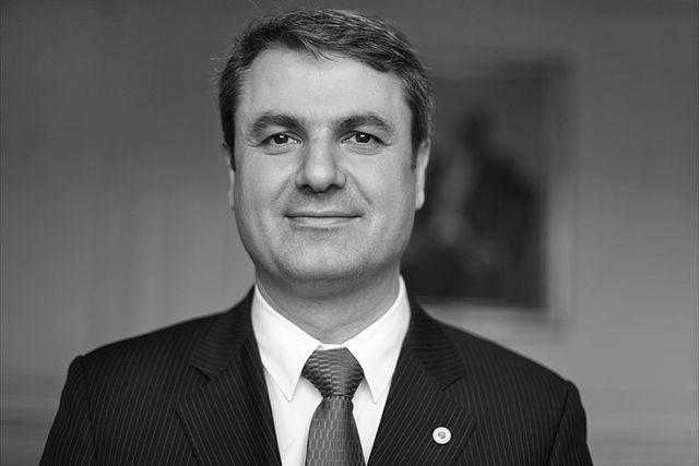 energiminister ibrahim baylan_eon höjda elnätsavgifter_energimarknadsinspektionen_höjda elpriser_hög elräkning_EON